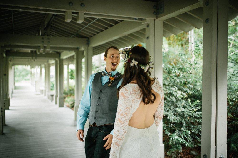 Lindsey&Austin-SneakPeek-BLOG-43.jpg