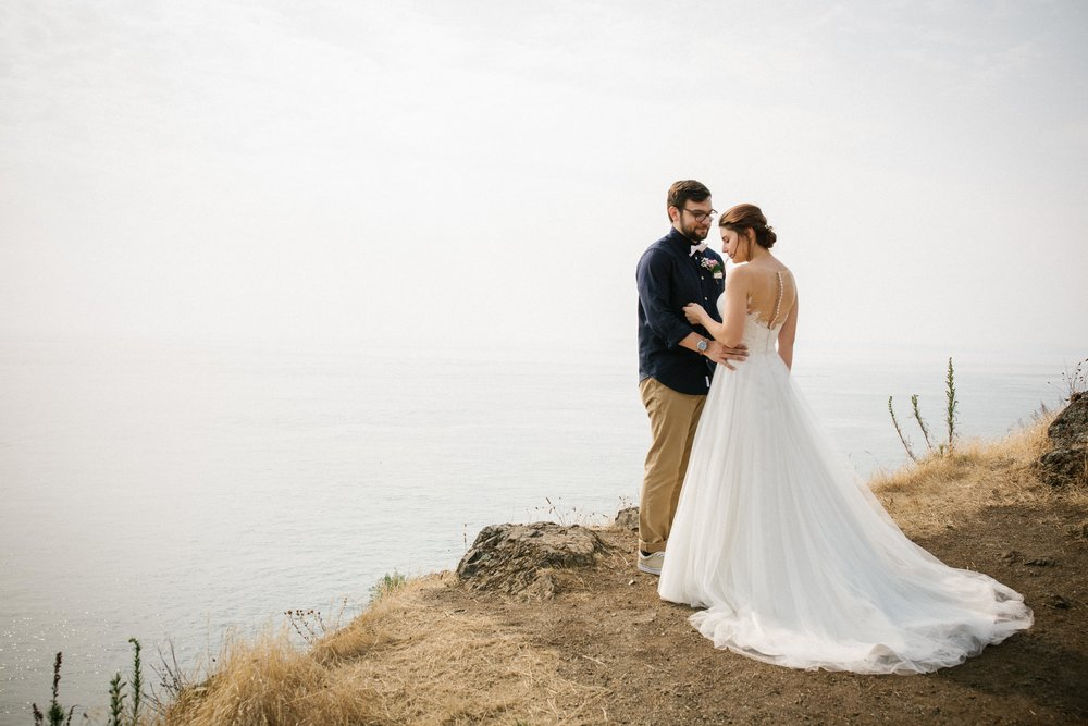 Click Here to peruse their Epic Wedding Day