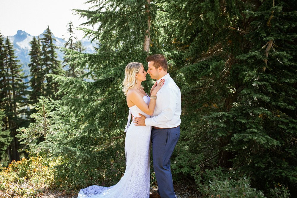 Ashley&Josh-Sneak Peek!BLOG-25.jpg