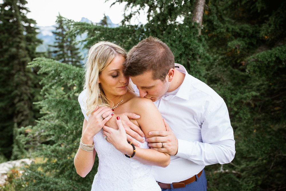 Ashley&Josh-Sneak Peek!BLOG-44.jpg