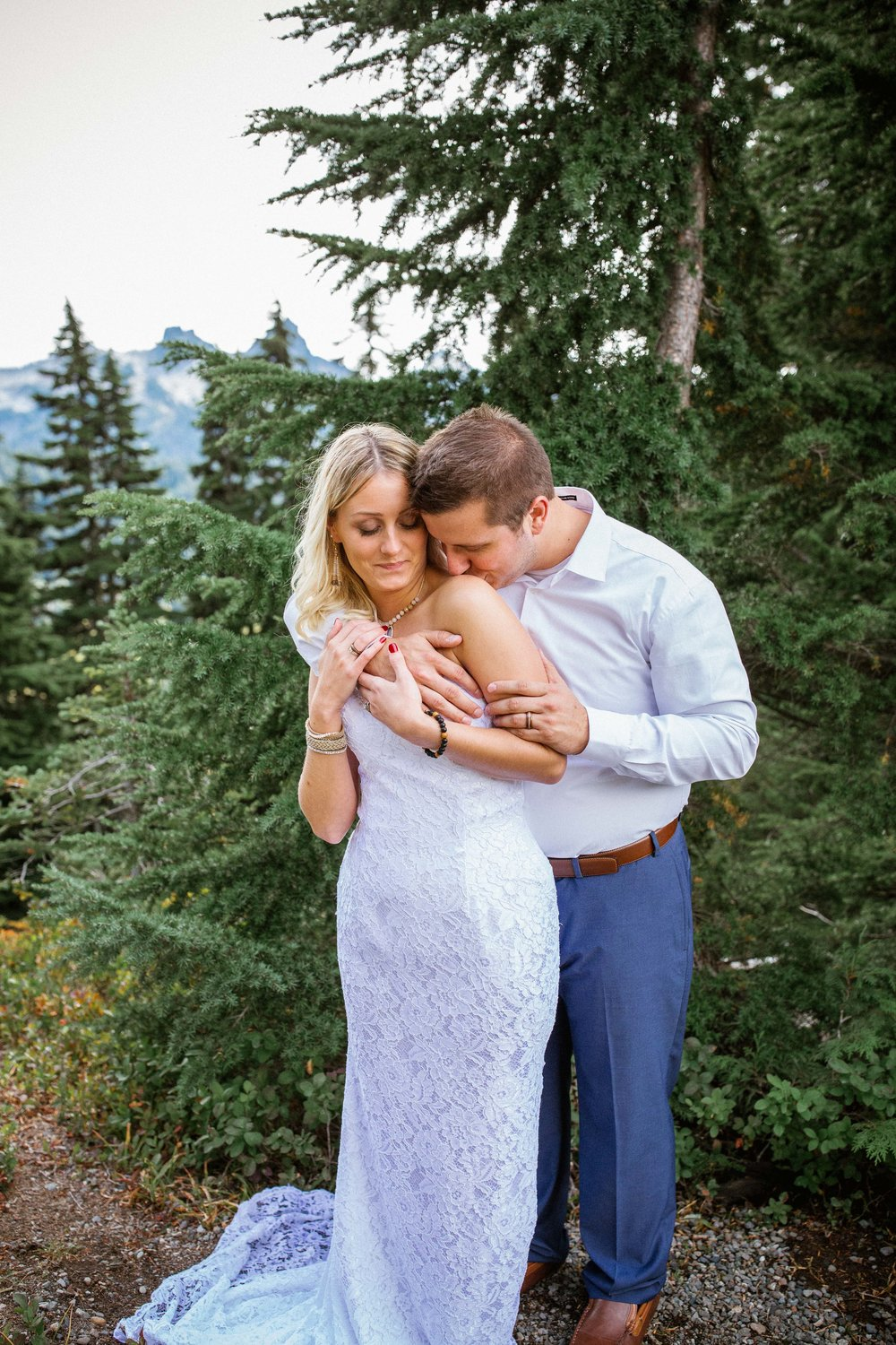 Ashley&Josh-Sneak Peek!BLOG-46.jpg