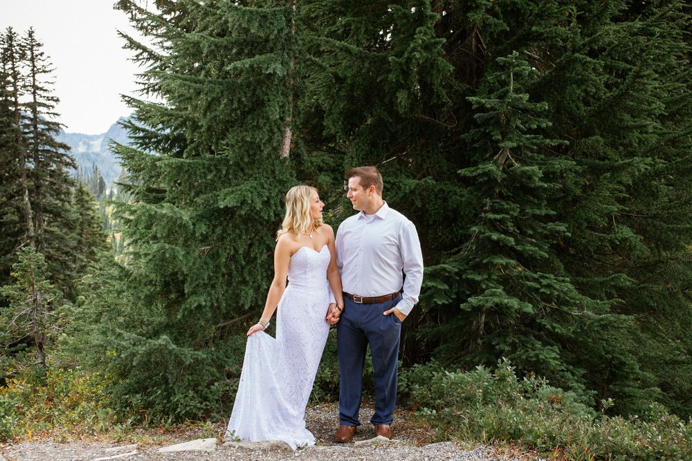 Ashley&Josh-Sneak Peek!BLOG-47.jpg