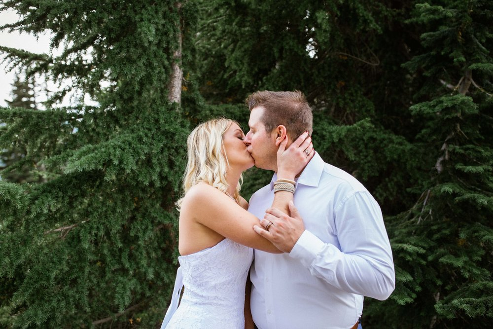 Ashley&Josh-Sneak Peek!BLOG-48.jpg