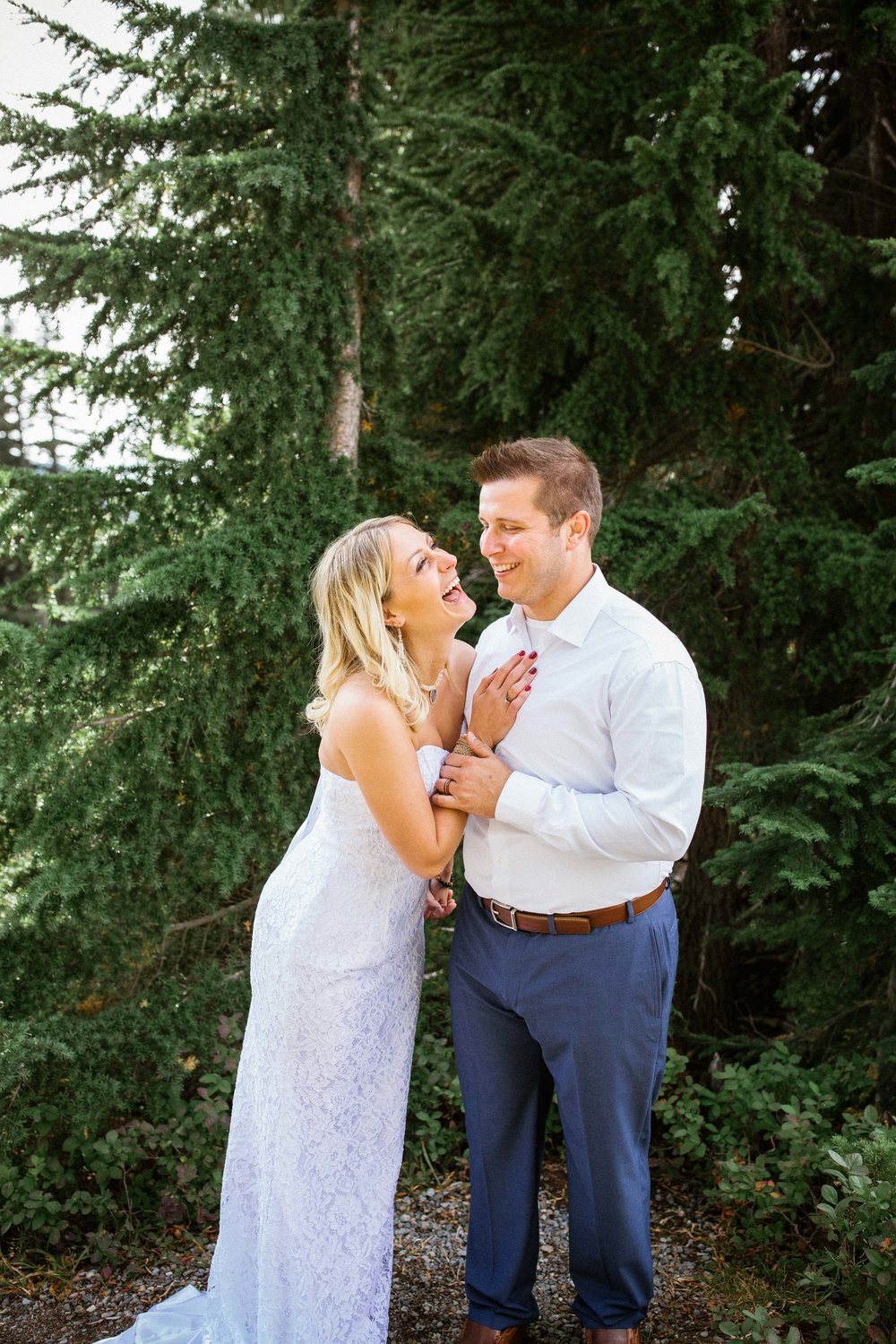 Ashley&Josh-Sneak Peek!BLOG-50.jpg