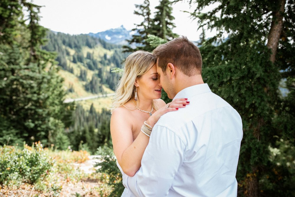 Ashley&Josh-Sneak Peek!BLOG-51.jpg
