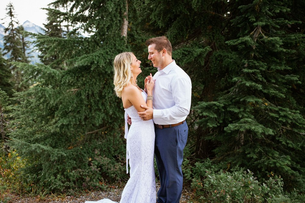 Ashley&Josh-Sneak Peek!BLOG-53.jpg