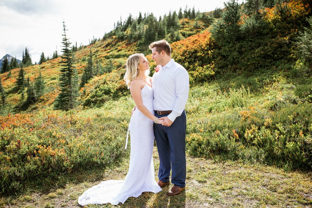 Ashley&Josh-Sneak Peek!BLOG-70.jpg