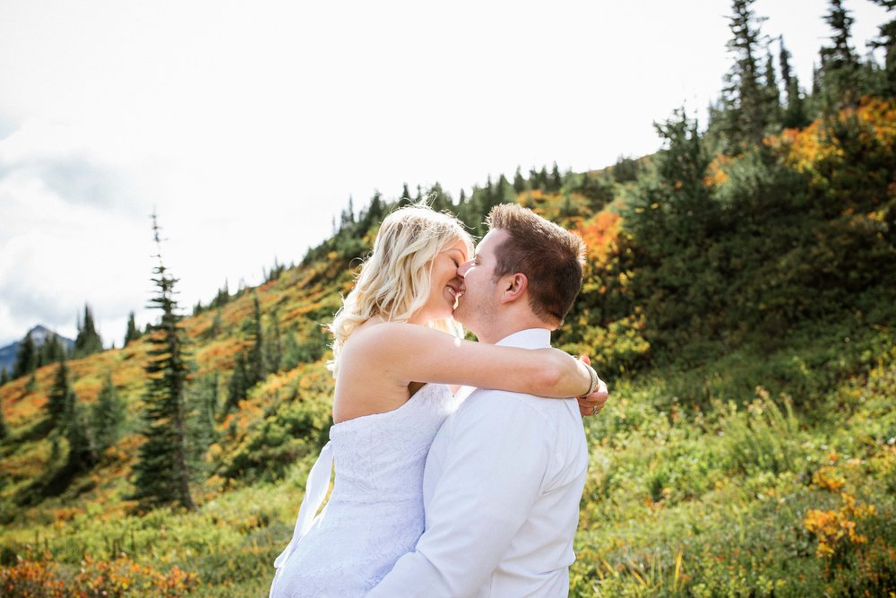 Ashley&Josh-Sneak Peek!BLOG-76.jpg