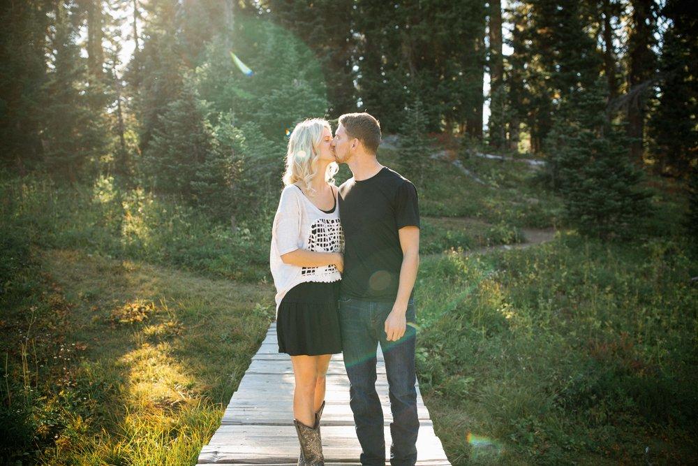 Alexis&Kyle-Engaged!BLOG-5.jpg