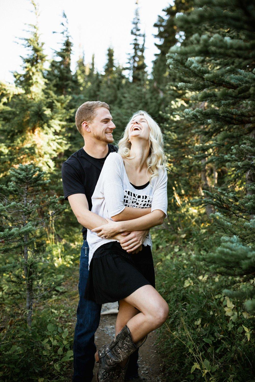 Alexis&Kyle-Engaged!BLOG-16.jpg