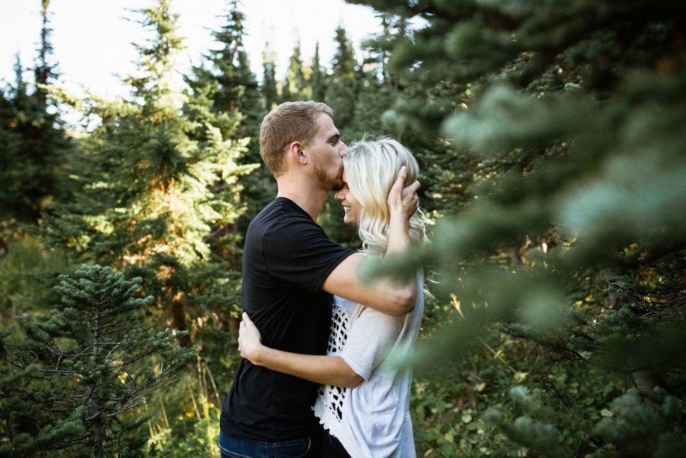 Alexis&Kyle-Engaged!BLOG-18.jpg