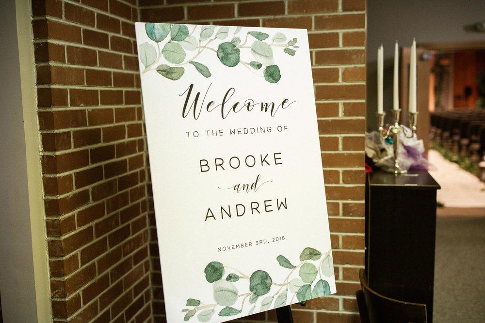 Brooke&Andrew-SneakPeekBLOG-1.jpg