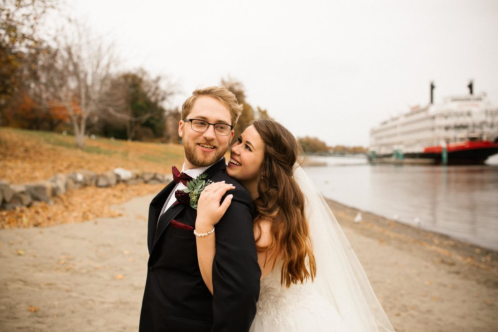 Brooke&Andrew-SneakPeekBLOG-79.jpg