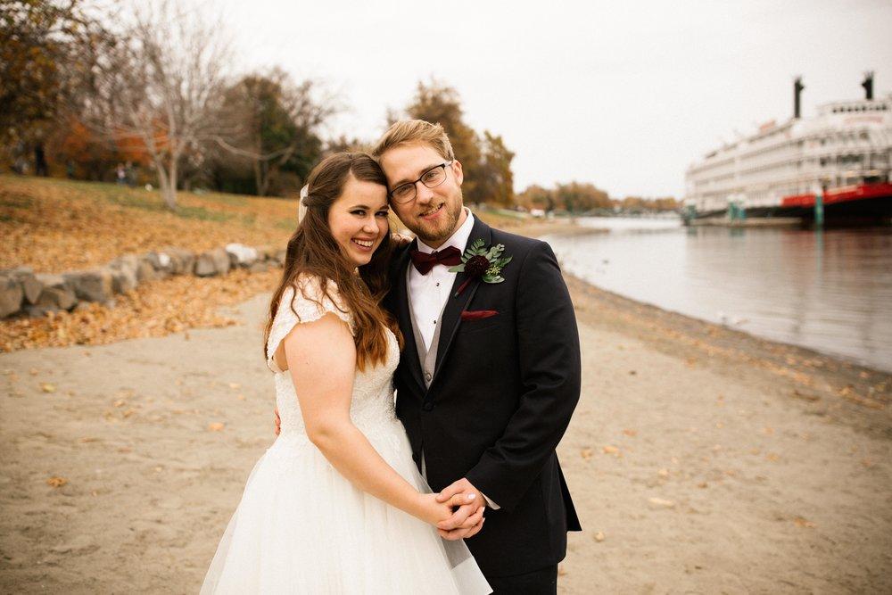 Brooke&Andrew-SneakPeekBLOG-80.jpg