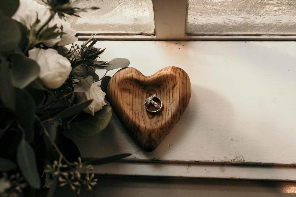 kilworth-memorial-chapel-wedding-10.jpg