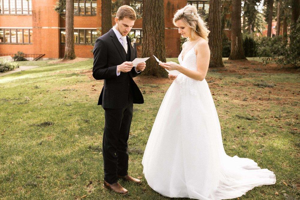 kilworth-memorial-chapel-wedding-30.jpg