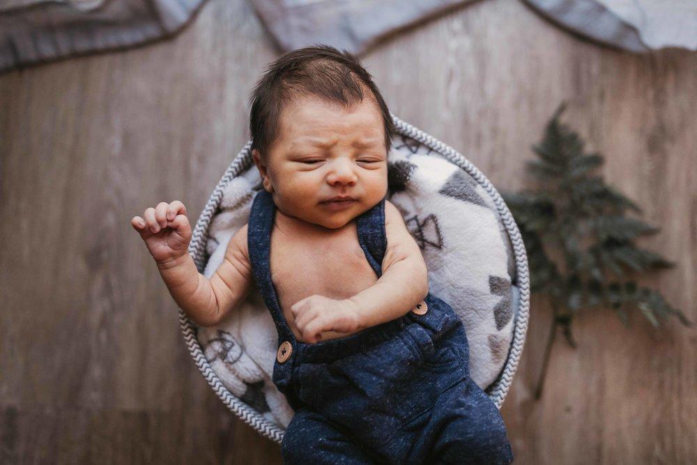 black-diamond-newborn-photos-19.jpg