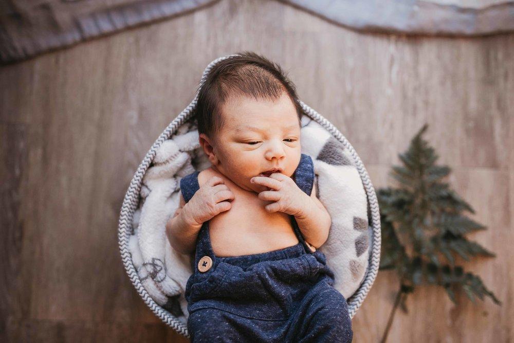 black-diamond-newborn-photos-20.jpg