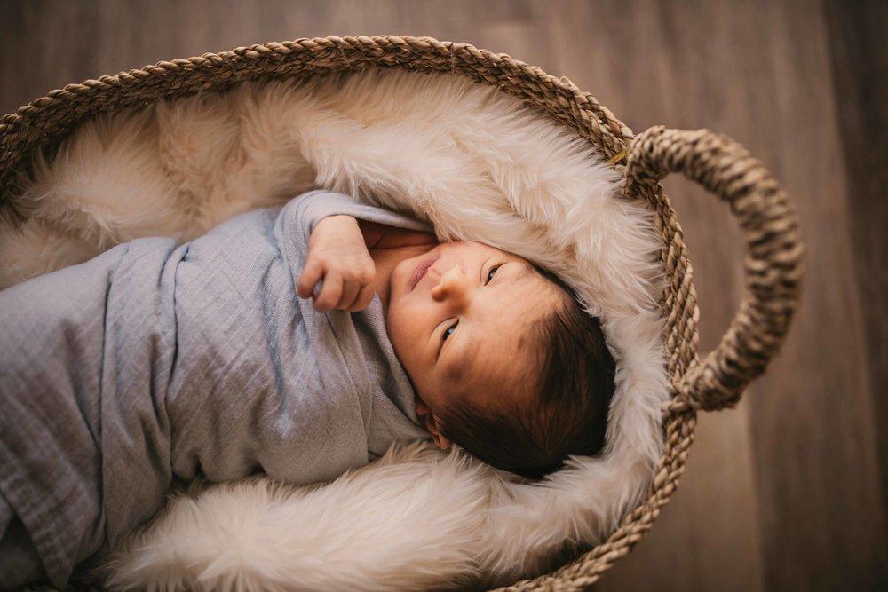 black-diamond-newborn-photos-28.jpg