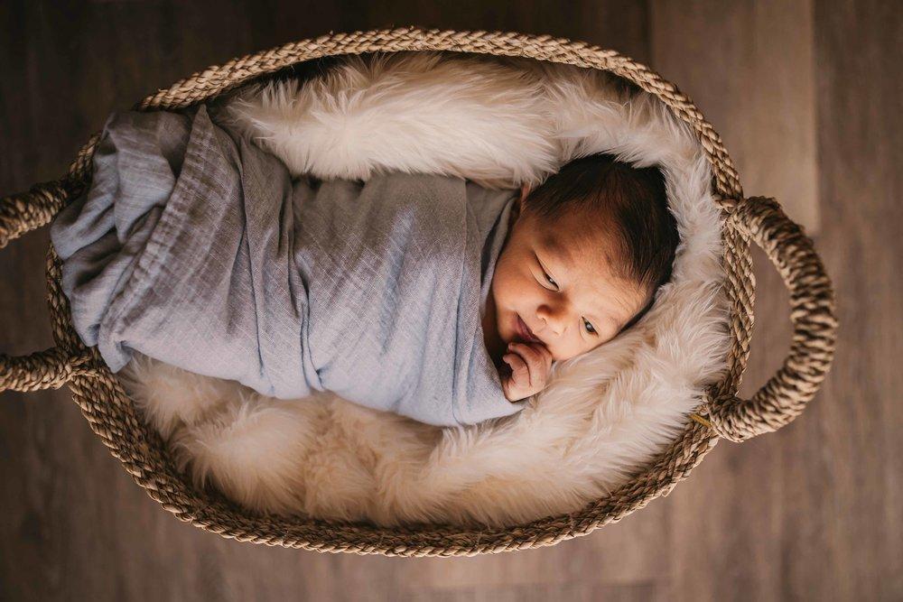 black-diamond-newborn-photos-29.jpg