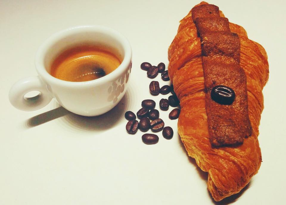 Octubre, café