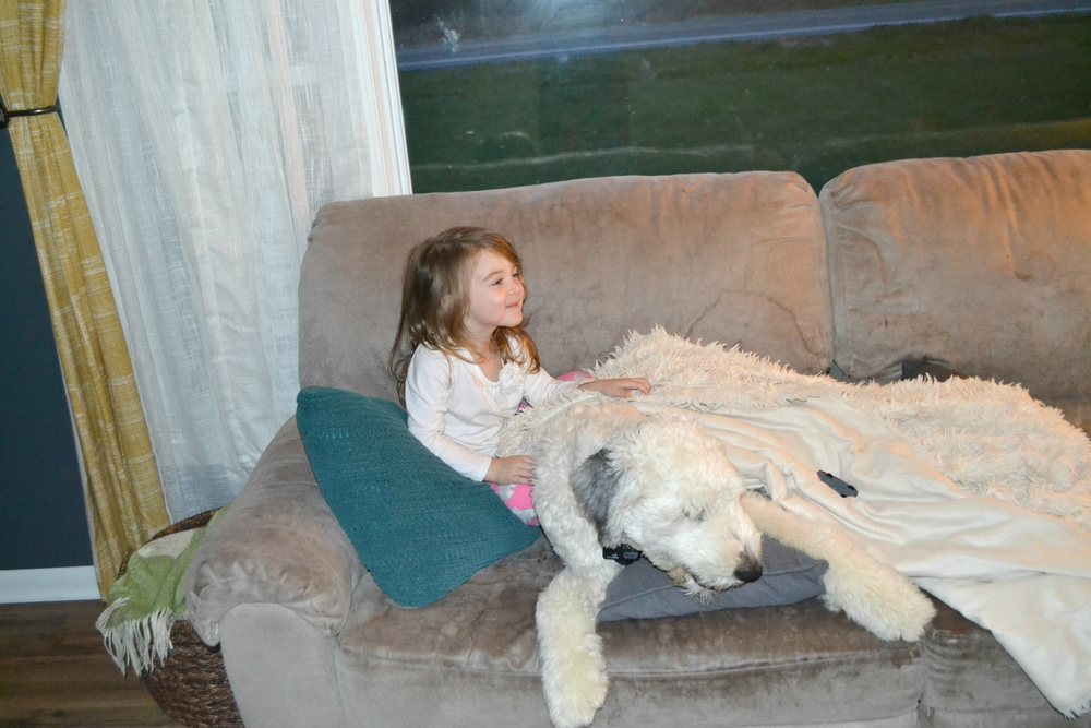 Hans snuck up on the couch to snuggle with Mar for a few seconds – Shh... don't tell daddy! ;)