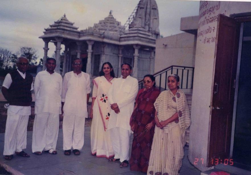 Bapuji in Ashram.jpg