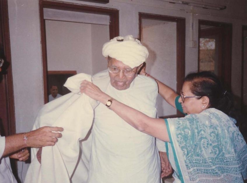 Gurumaa and Bapuji.jpg