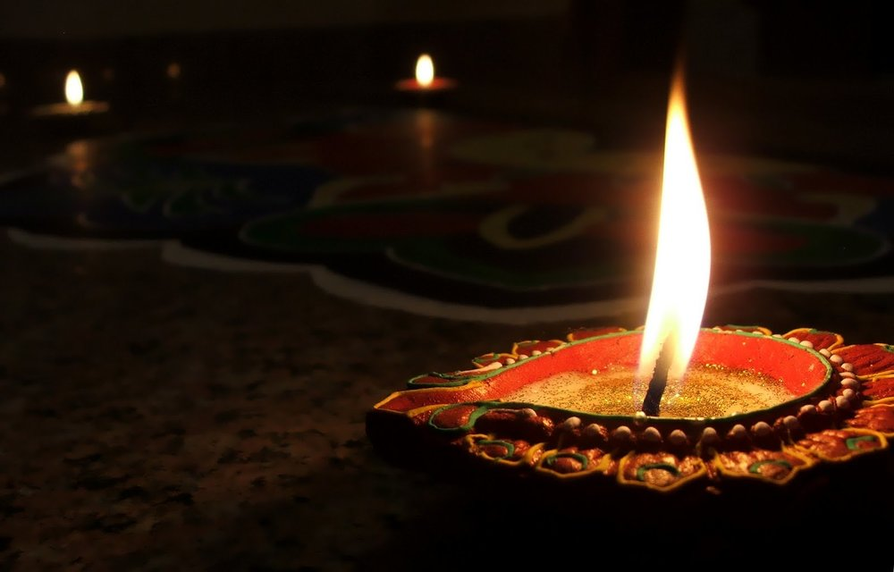 diwali lamp pictures (4).jpg