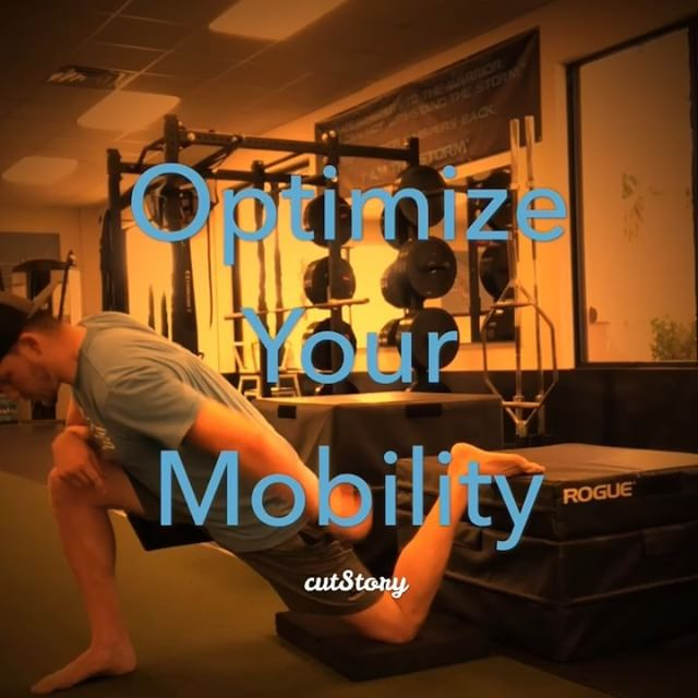 #tighthipflexors #soreknees #tensorfasciaelatae #tightitband #2thetop #yogabird #stretch #fitnessmotivation #yoga #flexible #healthylifestyle #flexibility #motivation