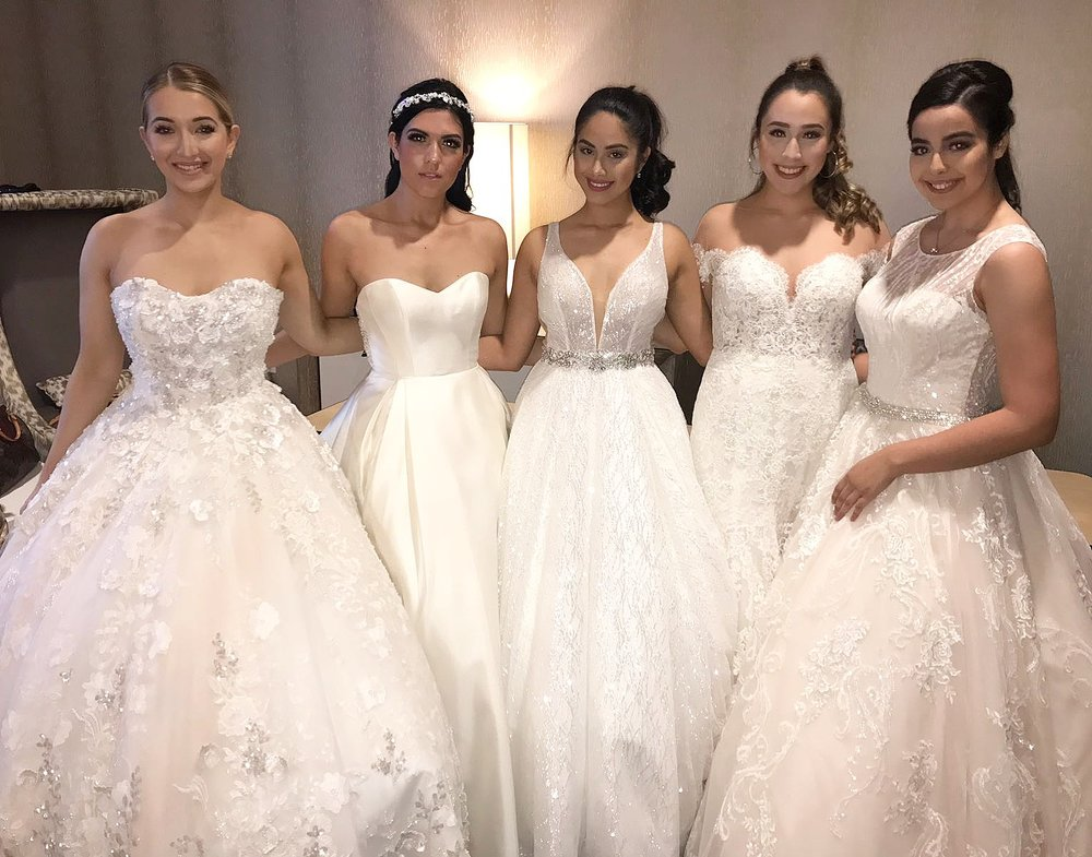 With other #DebiLouModels at the WHITE WEDDING FAIR