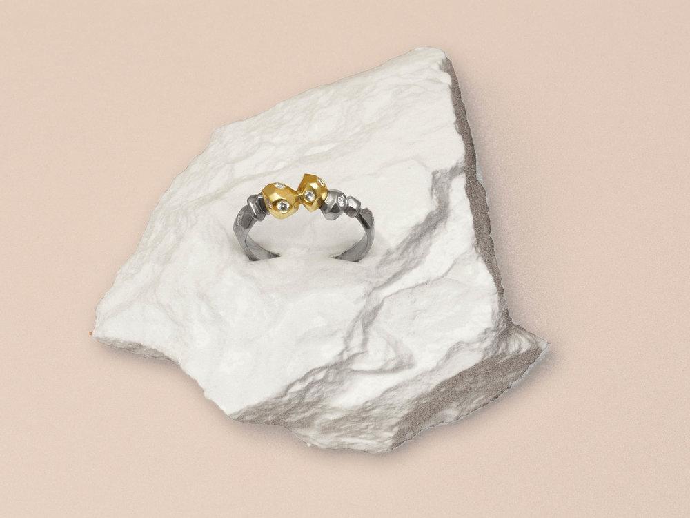 Pour Stéphanie . Pièce unique. Or blanc, jaune et rose 18 carats & diamants.