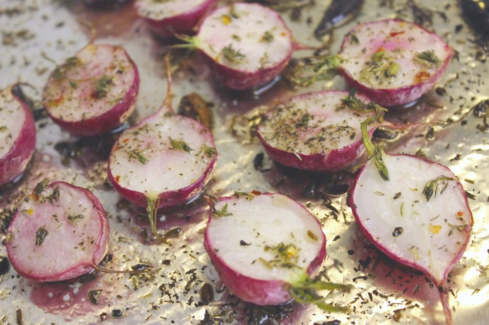 herb roasted radishes 49