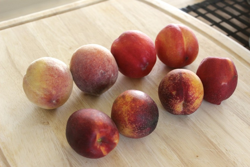 pale pistachio pecan peaches 1
