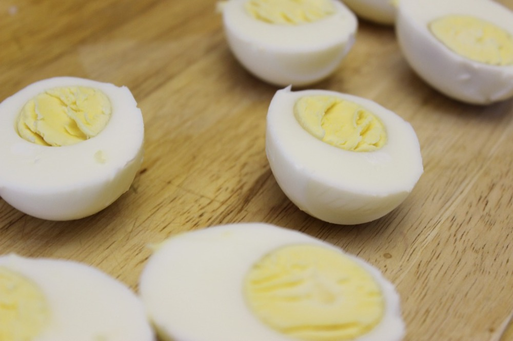 zaatar deviled eggs 5