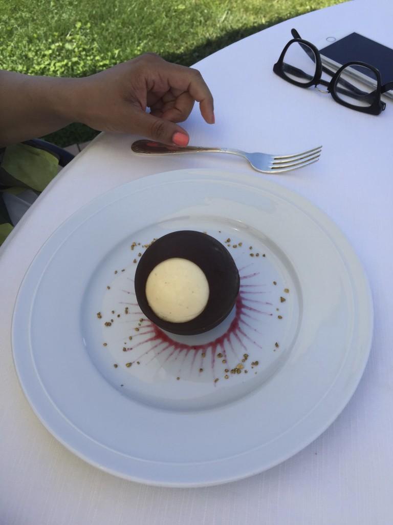 Belrose Hotel Restaurant 31