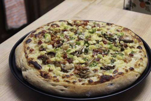 mushroom corn pancetta pizza 21.jpg