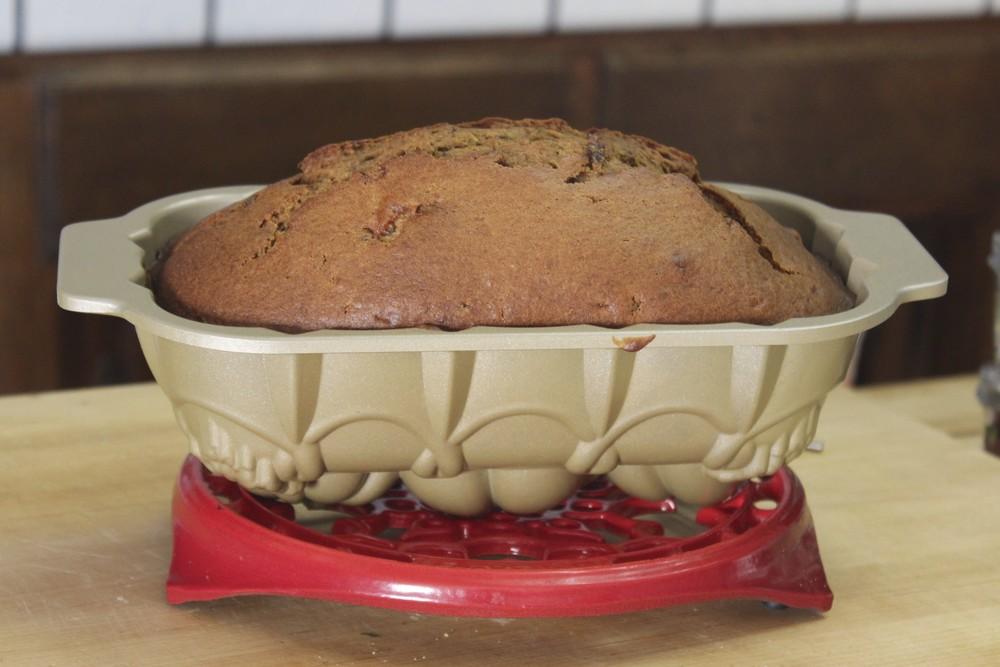 pumpkin date bread 9.jpg