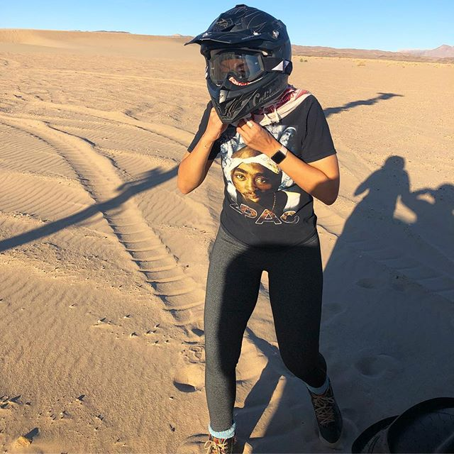 We out here 🏜🏎✌🏽🎃👻 Paying respects to the shrines/memorials at #dumontdunes #northpole 🤲🏽 In my #2pac &  #chmaq of course 😏#californiadesert #californiadreamin #canam #canammaverickx3 #sxs #utvgirls #dumont #desertbaby #dumonthalloween