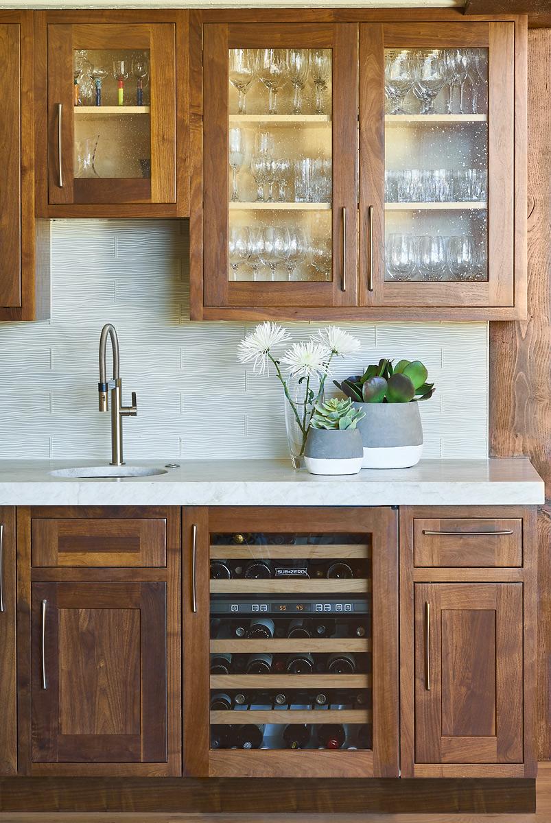 Rumor-Design-577-Anglers-Ct--11-9-16-Kitchen-Bar-Detail-Web.jpg