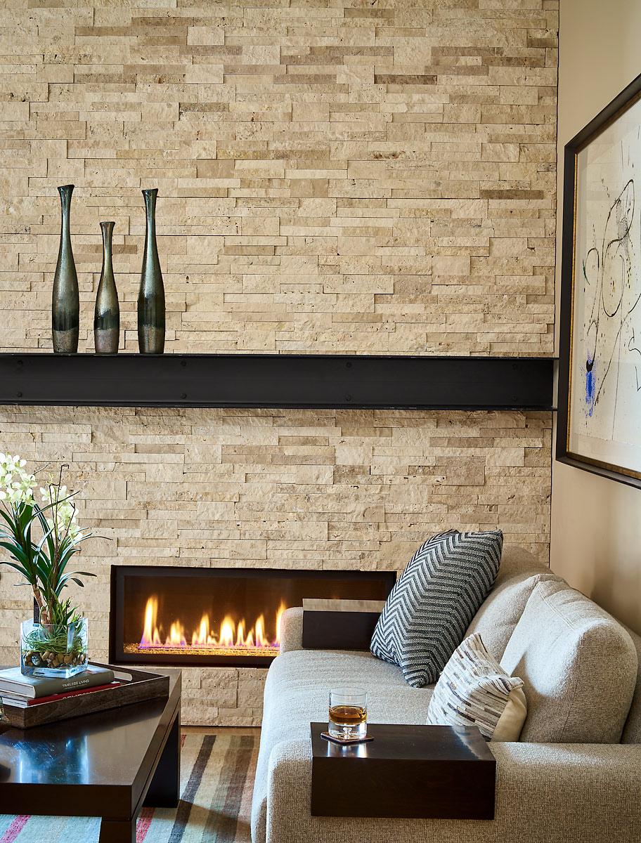Rumor-Design-Bearclaw-507-2-10-17-Fireplace-Detail-Vase-Lt-Web.jpg