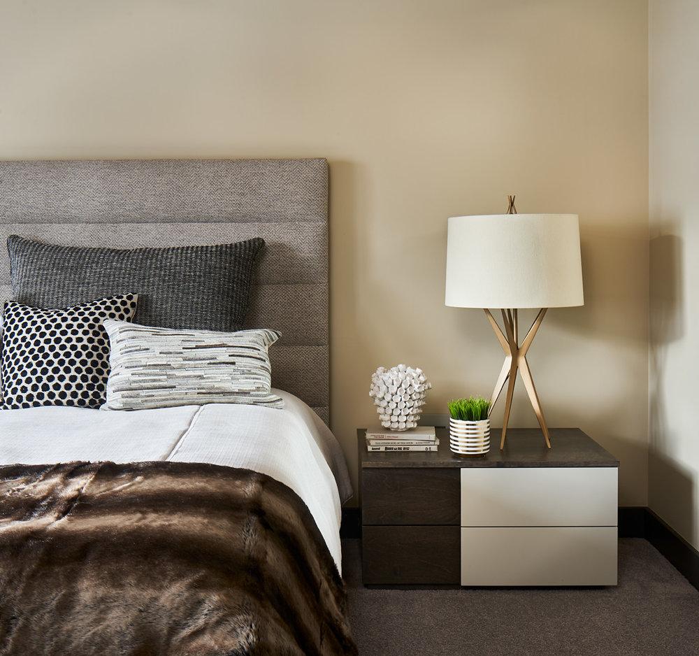 Rumor-Design-Bearclaw-507-2-10-17-Master-Bed-Detail-Web.jpg