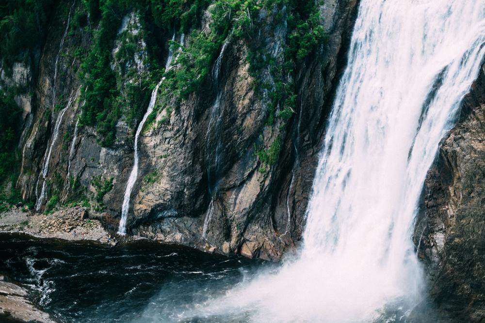 Water falls flowing.jpg