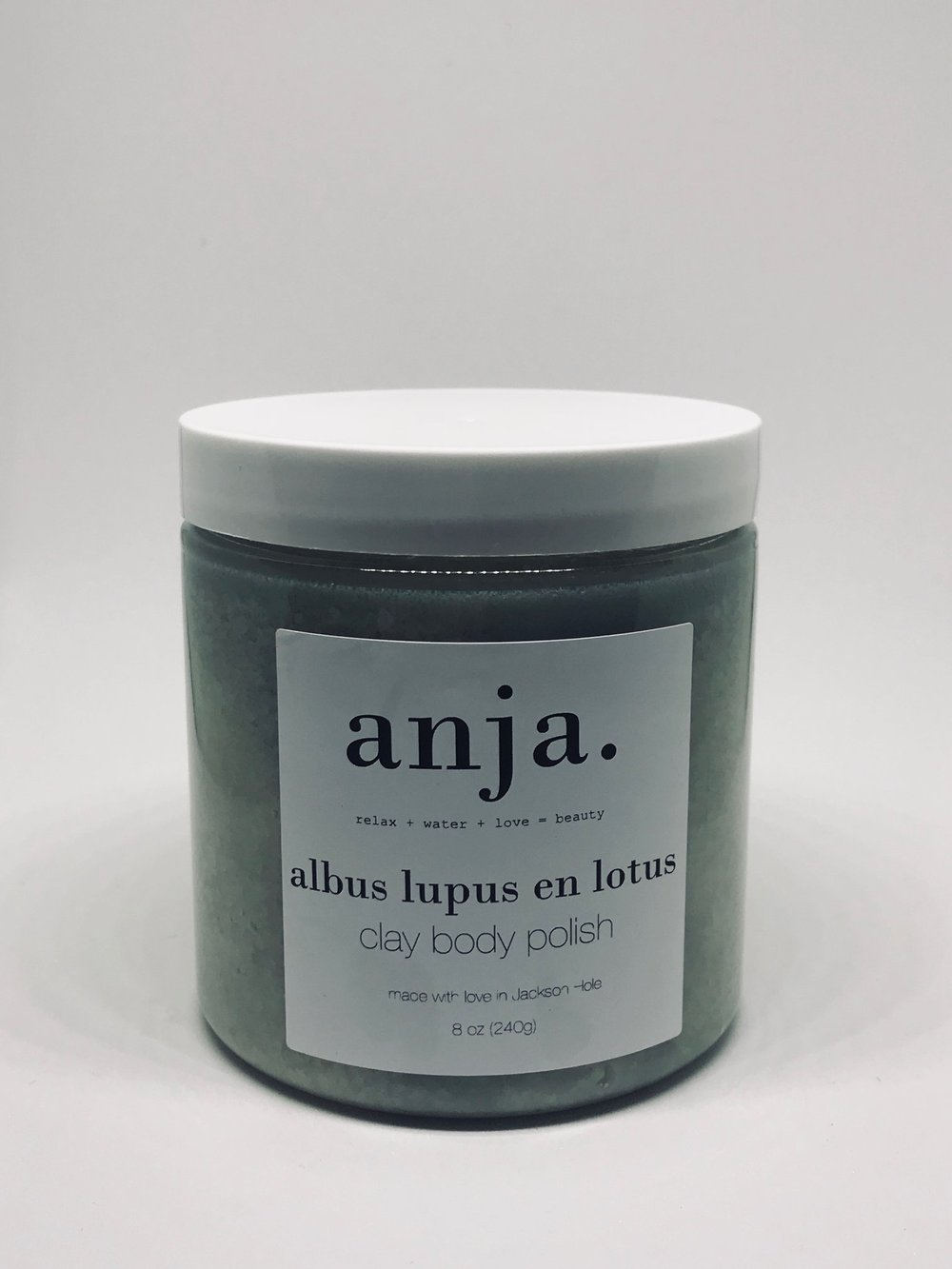 albus lupus en lotus white clay, blue tansy, white lotus body polish