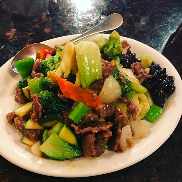Special order #vegdelight#addbeef 🥗🍖#tucsonaz #chinesefood #szechuan #jundynasty