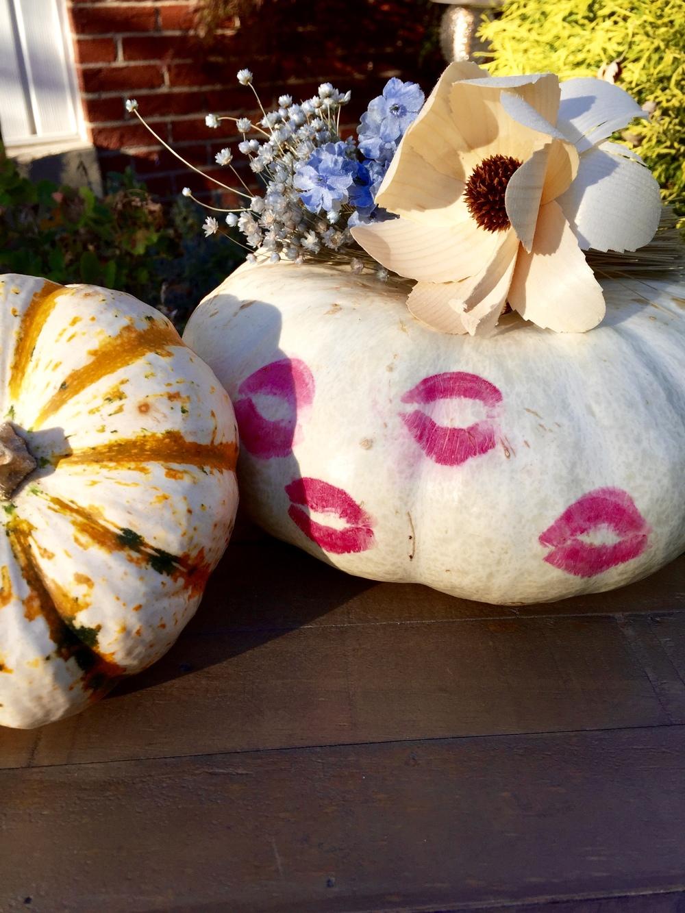 blue bells & lipstick pumpkin