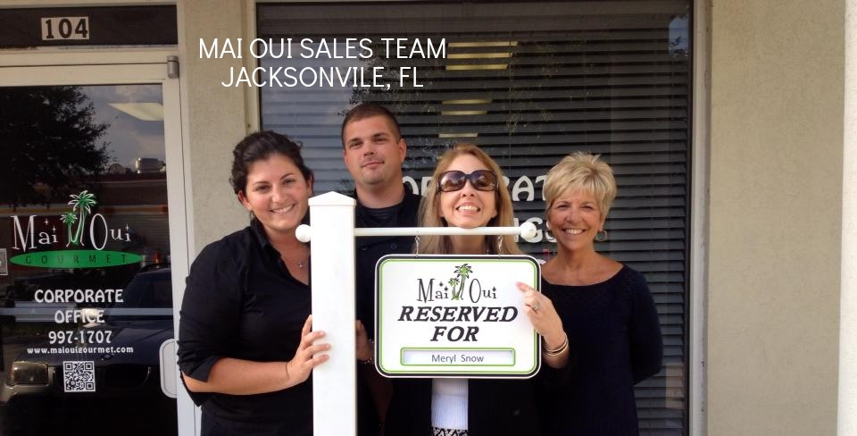 Team at Maui Oui in Jacksonville Fl.jpg