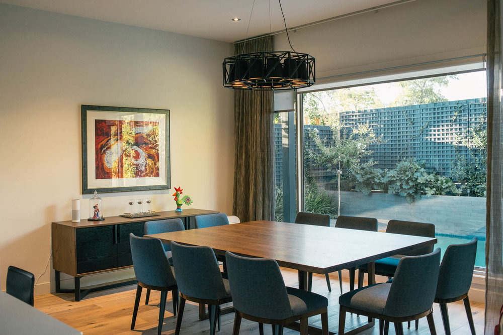 dining room lighting in Hawthorn home