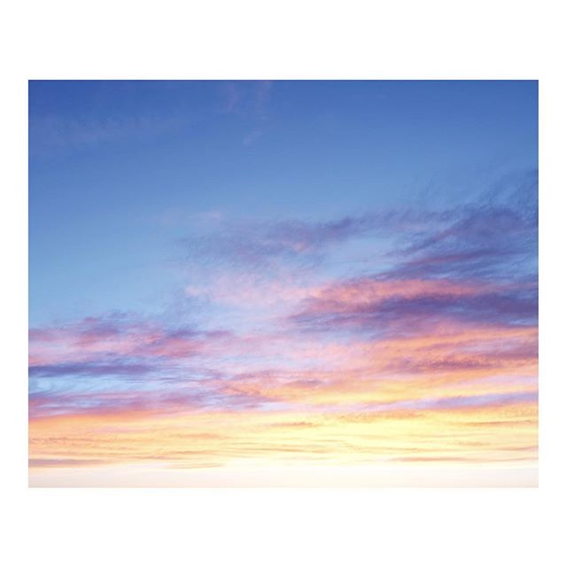 Last night!... . . . . #newmexico #sunset #newmexicotrue #vsco  #highdesert #vsconature  #finditliveit #stayandwander #purenm #exploretocreate  #simplysantafe #nmlife #imaginarymagnitude  #ignantpicoftheday  #somewheremagazine  #tellon #nothingisordinary  #moodygrams #mytinyatlas  #myfeatureshoot #clouds