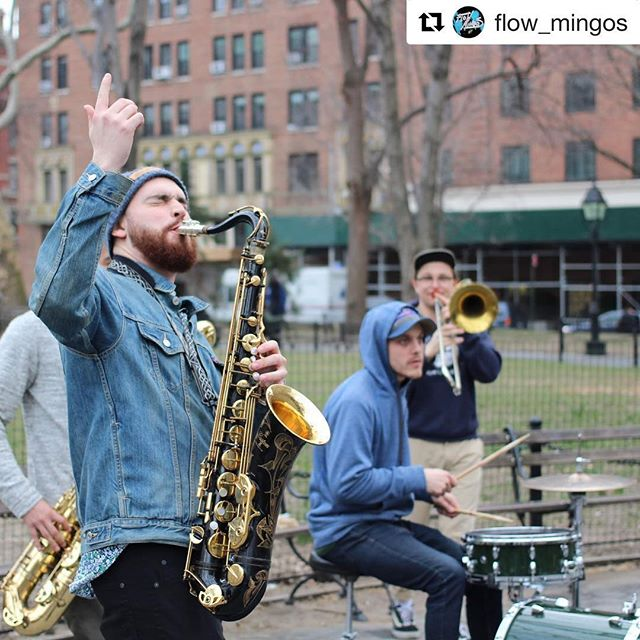 Throwing one up for the sax gods 🎷 . . . . Thanks @erica712 for da pic!